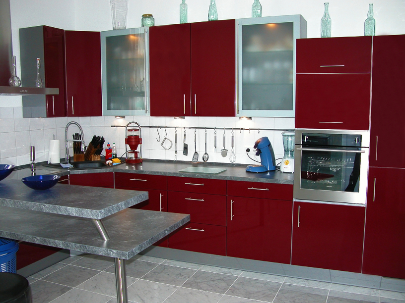 Lovely Deep Red Contemporary Kitchen Design Idea With Grey Floor And Island Part 8